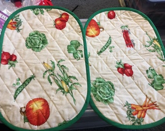 Quilted vegetable placemats (set of two)