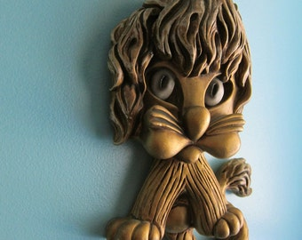 Kitschy Lion Plaque - Lion Wall Hangning