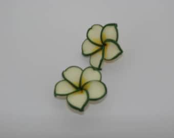 2 beads pressed green white yellow - Ref: