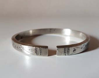 Hill Tribe silver bracelet, Hmong silver, Hmong bracelet, Hill tribe silver, Hill Tribe jewelry