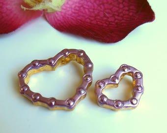 pretty gold metal heart pendant