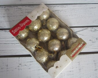 Vintage Gold Chunky Glitter Christmas Balls Satin Sheen Unbreakable Christmas Tree Ornaments