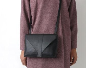 Minimalistic Crossbody Bag Genuine Leather in Black, satchel bag, box bag, envelope purse, messenger bag