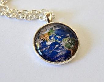 Planet Earth Pendant Necklace - United States Canada South America Mexico Guatemala Costa Rica Brazil Pacific Ocean Colombia Californa Texas
