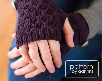 Fingerless Mitten Knitting Pattern, Fingerless Glove Knitting Pattern, Pattern PDF, Digital Pattern Download, Mitten Glove with Strap