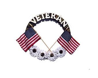 Veterans Day Wreath, Military Veteran Wreath, military wreath,  Camouflage wreath, American flag and flowers, yarn Wreath