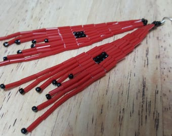 Red and black seed bead earrings