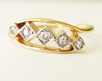 Antique Five Diamond Geometric Setting Ring, Victorian Diamond 18k Gold and Platinum Engagement Ring Approx Size US 5.25