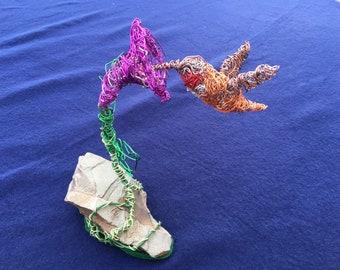Bird ornament. Bird Sculpture. Wire art. Bird art. Bird lover gift. Bird lovers. Hummingbird. Wire bird sculpture. Gift. Bird. Ornament