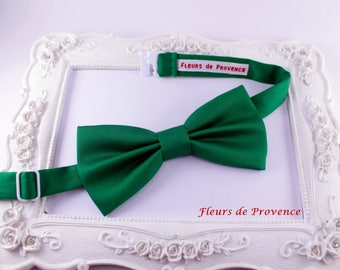 Bow tie elegant emerald green satin - man