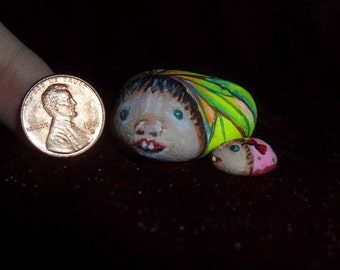 Painted Rocks, Mother and child, Hand painted stones, Pet Rocks, Unique gift, Tiny Art, Cute Stones,