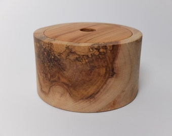 Box from spalted Plane and cherry lid