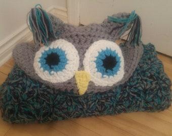 Crocheted Hooded Owl Blanket