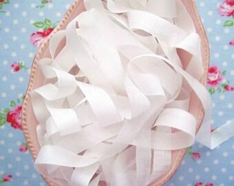 Vintage Style Seam Binding Ribbon - Marshmallow White - 1/2 inch - 5 Yards
