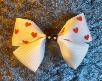 Red hearts hair bow clip