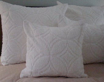 """REDUCED PRICE-White Chenille Pillow Cover With Wedding Ring Design for 18"""" Pillow Insert Was 30.00 Now 25.00"""