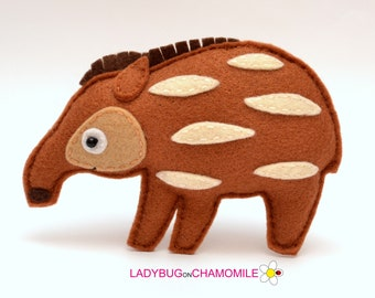 Felt SOUTH AMERICAN TAPIR, stuffed felt Tapir magnet or ornament, Tapir toy, Amazon Rainforest animals, Nursery decor, Brazilian tapir