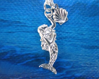 Beautiful Mermaid/Shell Reversible Charm Necklace Sterling Silver