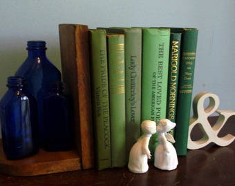 Great set of 6 Farmhouse Decor books all Green Spines Beautiful for Staging or Wedding Decor Springtime