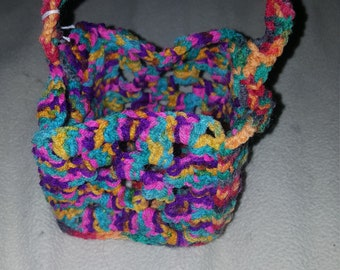 Crochet mini easter basket.
