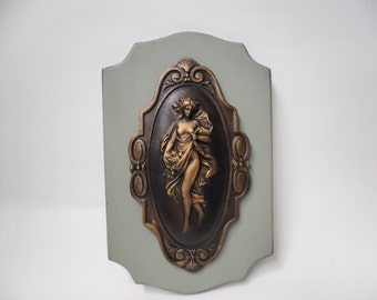 Woman Roman Wall Plaque Vintage Produce Crate Label Wooden Wall Decor Embossed Repousse Engraving Décor