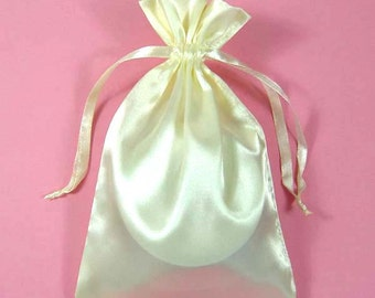 "30 Ivory Satin Bags with Drawstrings, 3""x4"", 4""x6"", 5""x8"", Satin Gift Bags, Ivory Jewelry Bags, Jewelry Pouches, Ivory Favor Pouches"