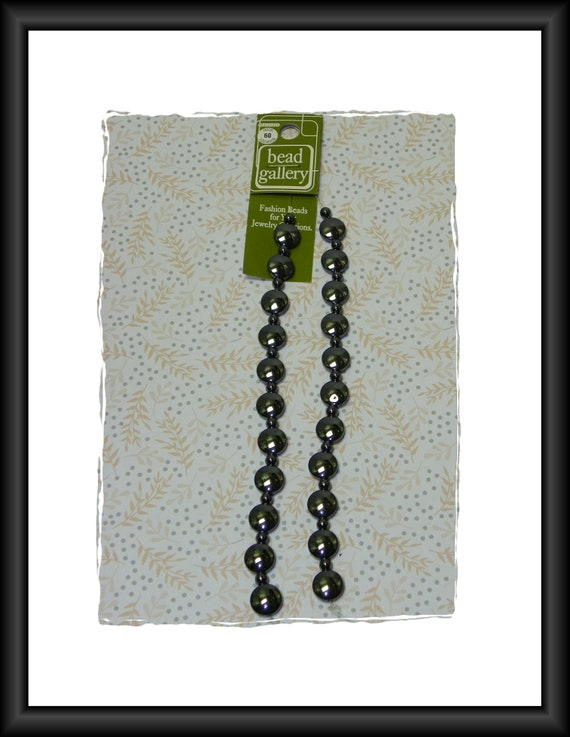 Bead Gallery Hematite Accent Beads Semi-Precious Stone 12-Inch Strand 10 mm Coin and 4 mm Rounds