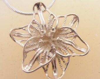 Flower Necklace, Silver Flower, Woman Necklace,  BLOSSOM, 925 Sterling Silver Necklace, Necklace with Silver Flower Pendant