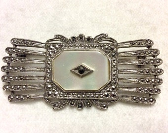 Vintage 1950's mop mother of pearl marcasite bar pin