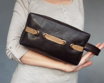 Leather cosmetic bag. Leather makeup case. Women toiletry bag. Cosmetic organizer leather.