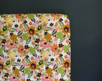 fitted crib sheet funky floral - Ready 2 Ship