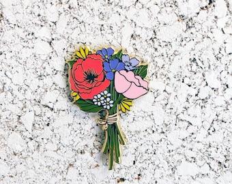 Bouquet de fleurs en émail broche