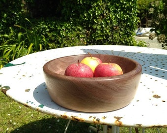American walnut dish
