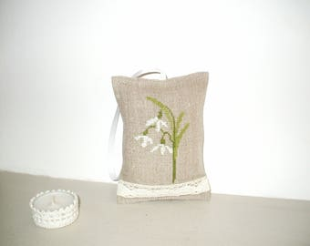 home decor, hand stitch Embroidery, 9 cm x 13 cm