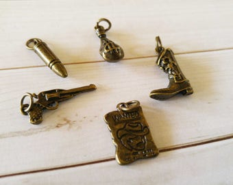 Western Charms Antiqued Bronze Outlaw Charms Set Bronze Pendants Bronze Charms Western Pendants with Rings 5pcs