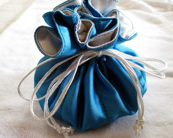 Baby Blue Jewelry Drawstring Pouch, Jewellery Holder, Blue Jewelry Travel Bag, Bridesmaids Gift, Light Blue Pouch