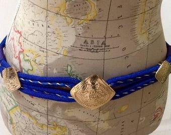 Vintage Brass Medallion Cinch Belt / Stretch Belt / Blue & Purple / SZ 34 / Retro / 1990's /  Hippie / Boho / High Fashion / Hipster
