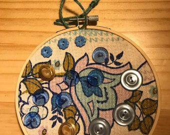 Embroidery Hoop Art - Vintage Flower