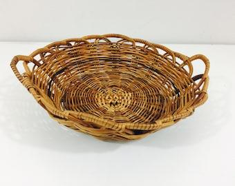 "Vintage Wicker Basket Bowl Catch All - 9"""