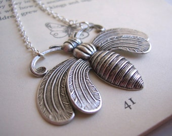Oh Honey bee necklace - large ornate silver bee - statement jewellery - nickel free