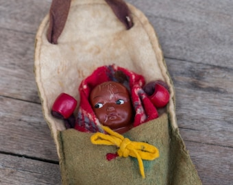 """Vintage Tourist Indian Papoose Doll 3.5"""""""