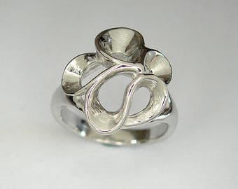 Silver ring, floral ring