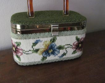 Vintage JR Florida Needlepoint Box Purse With Pansies Beautiful