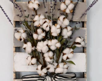 Farmhouse Cotton and Lavender Pallet Wall Hanging