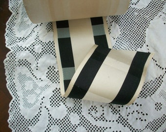 "Rare silk black/white design ribbon """