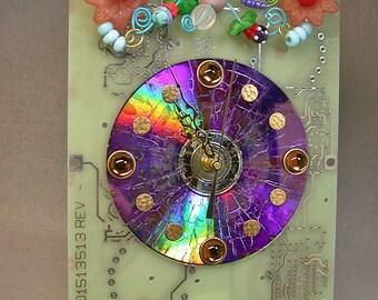 Recycled CIRCUIT BOARD CLOCK Techie Geek Flower Garden Vintage Beads