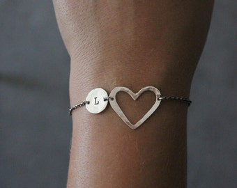 Personalised initial bracelet. Personalized jewellery. Sterling silver heart bracelet.Custom made jewellery.hand made.