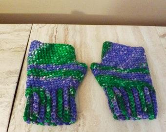 Merino Wool Fingerless Gloves,Green and Purple Texting Mitts, Wrist Warmers, Hand Painted Merino Wool