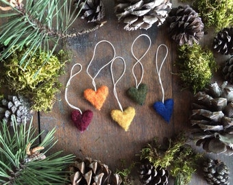 Felted wool heart ornaments, set of 5, Deep Rainbow, rainbow heart ornaments for miniature christmas tree ornaments, montessori christmas