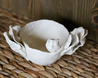 Small Oyster Bowl, Handmade, Ceramic, Porcelain Bowl, Jewelry Bowl, Catch-all Bowl, Beach Decor, Ocean Decor, Oyster Decor